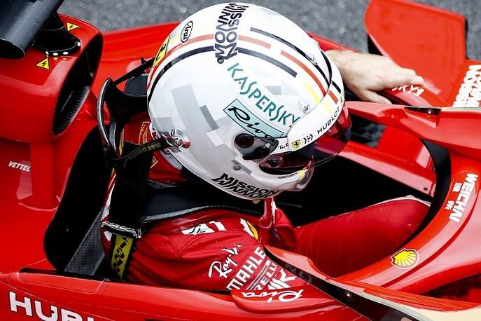 Mũ bảo hiểm cho tay đua F1