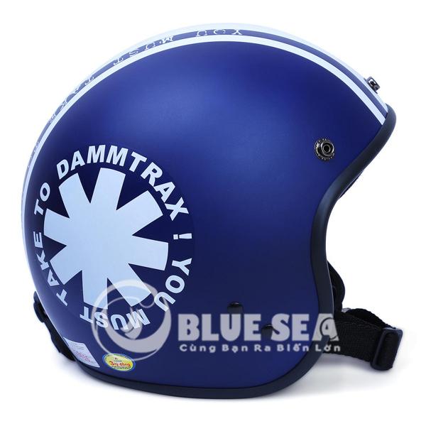 Mỗi sản phẩm mũ bảo hiểm Blue Sea đều được bảo chất lượng trước khi được đưa đến tay người tiêu dùng